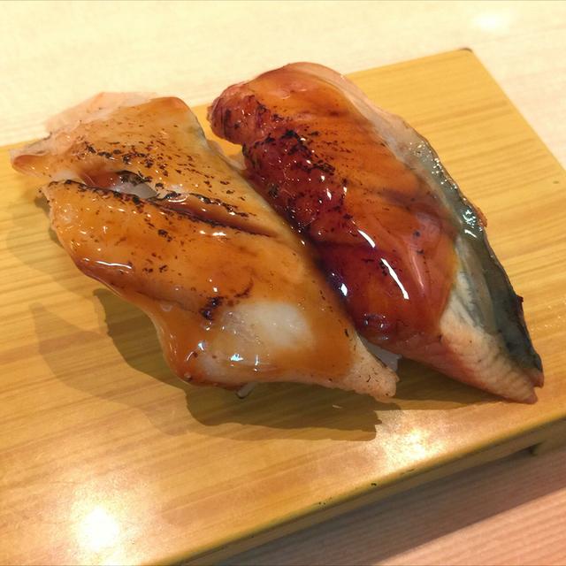 ウナギとアナゴの寿司